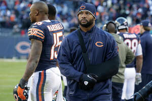 Report: Decorated LB Lance Briggs, 34, will visit 49ers - Photo