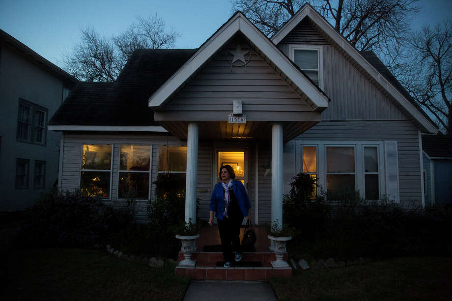 Mayoral Candidate Leticia Van de Putte walks out of her home in San Antonio, TX early in the morning on Saturday, March 14, 2015. Photo: Carolyn Van Houten, Staff / 2015 San Antonio Express-News