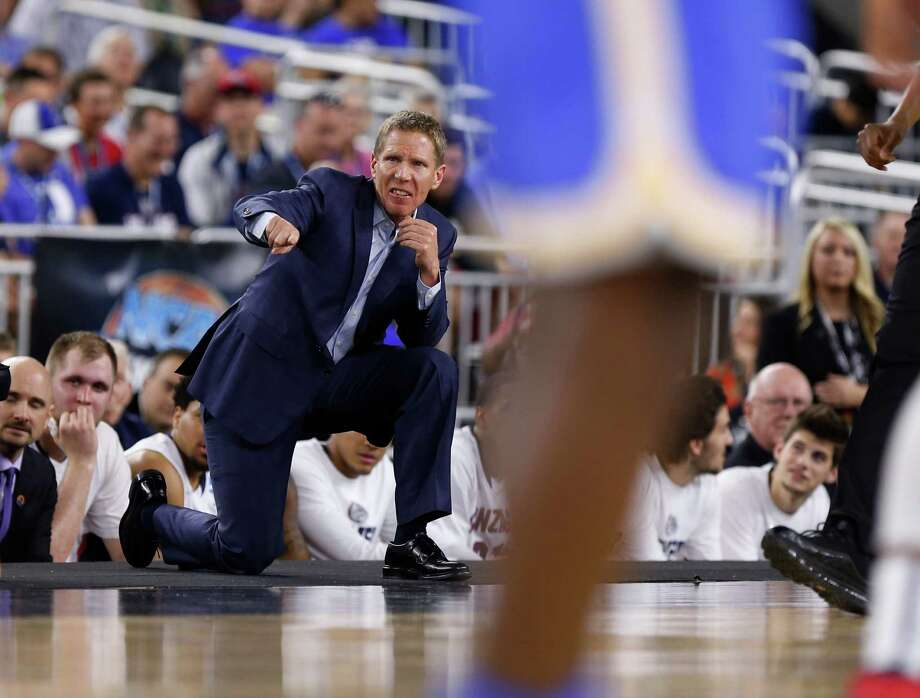 Gonzaga head coach Mark Few shouts instructions during the NCAA South Regional semifinal at NRG Stadium on Friday, March 27, 2015, in Houston.  ( Karen Warren / Houston Chronicle  ) Photo: Karen Warren, Staff / © 2015 Houston Chronicle