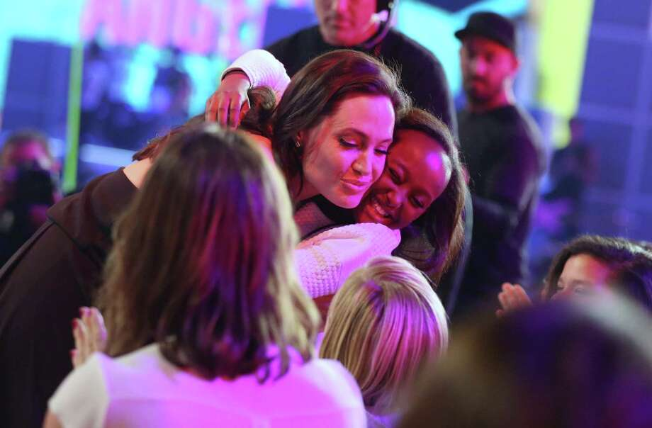 Angelina Jolie gets a warm reception from young fans at Nickelodeon's Kids' Choice Awards. Photo: Matt Sayles, INVL / Invision