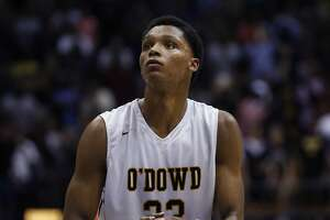 Bishop O'Dowd's Ivan Rabb doesn't 'want to rush' college choice - Photo