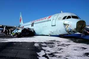 Air Canada passengers believe jet hit power line before crashing - Photo