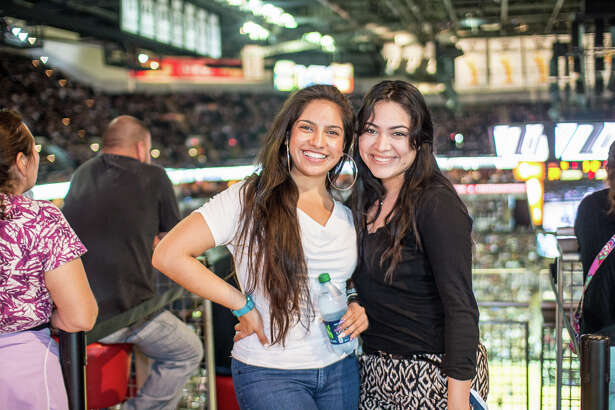 The Spurs notched another win Sunday night and here are the fans who flooded the AT&T Center to cheer them on.