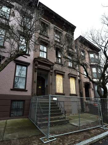 Exterior view of 10 Hall Place Friday morning March 27, 2015 in Albany, N.Y.     (Skip Dickstein/Times Union) Photo: SKIP DICKSTEIN / 00031208A