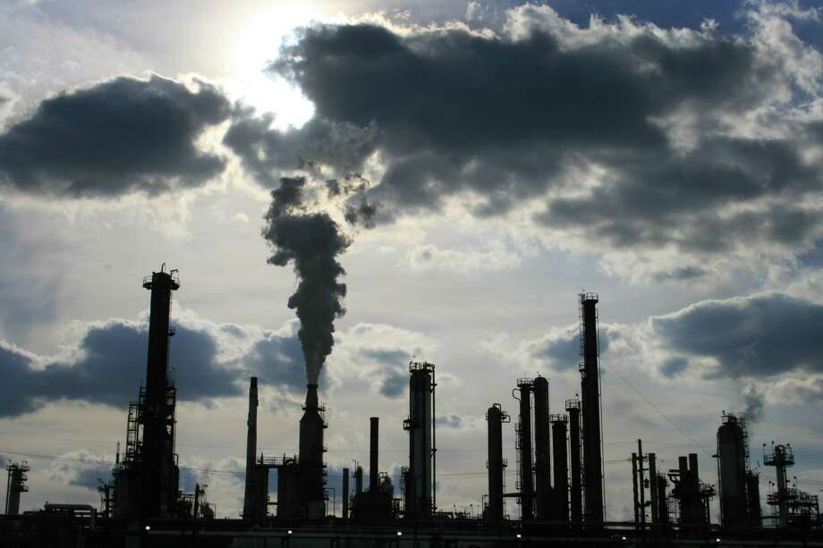 In the fourth quarter of 2014, San Antonio-based Valero Energy Corp.'s refineries operated at 98 percent of their capacity, processing about 2.7 million barrels per day. Photo: Bill Montgomery /Houston Chronicle / Houston Chronicle
