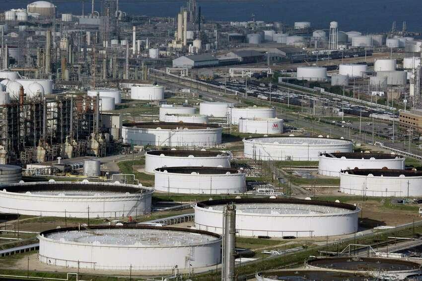 Marathon Oil Corporation Petroleum and natural gas, Houston TX Profit per employee: $914, 715