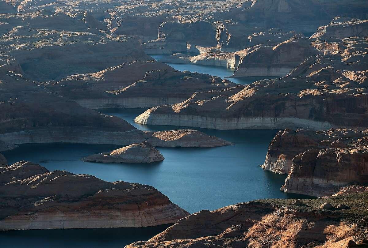 A 2015 photo record of Lake Powell, Utah.