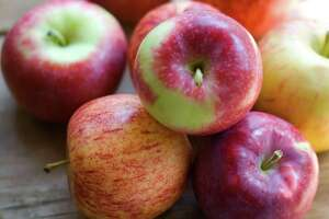 Apple a day may not keep doctor away, study says - Photo