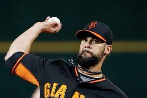 GIANTS SPLASH: Vogelsong hopes to put 2014 'grind' behind him - Photo