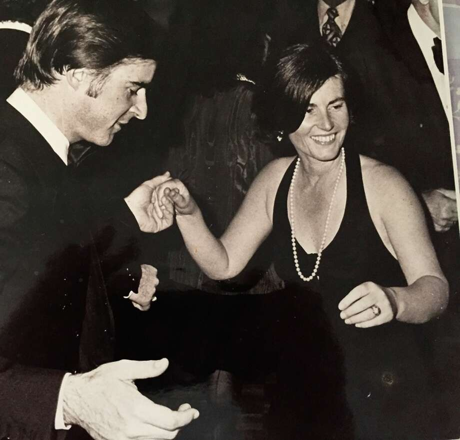 Cynthia Brown Kelly (right) and her brother, Gov. Jerry Brown, dance at a fundraiser in the '70s. Photo: Unknown / Courtesy The Kelly Family / ONLINE_YES