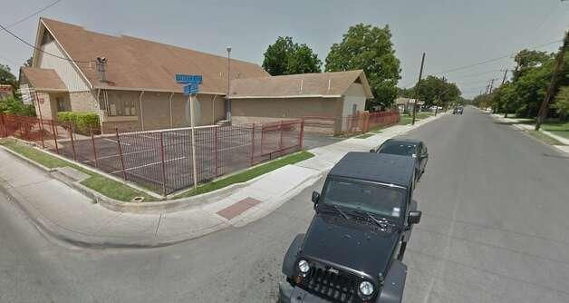 Robert E. Lee DriveSan AntonioRobert E. Lee Drive, named after the Confederate general, sits between S. Flores St. and Pleasanton Road on San Antonio's South Side. Photo: Screenshot Via Google Maps