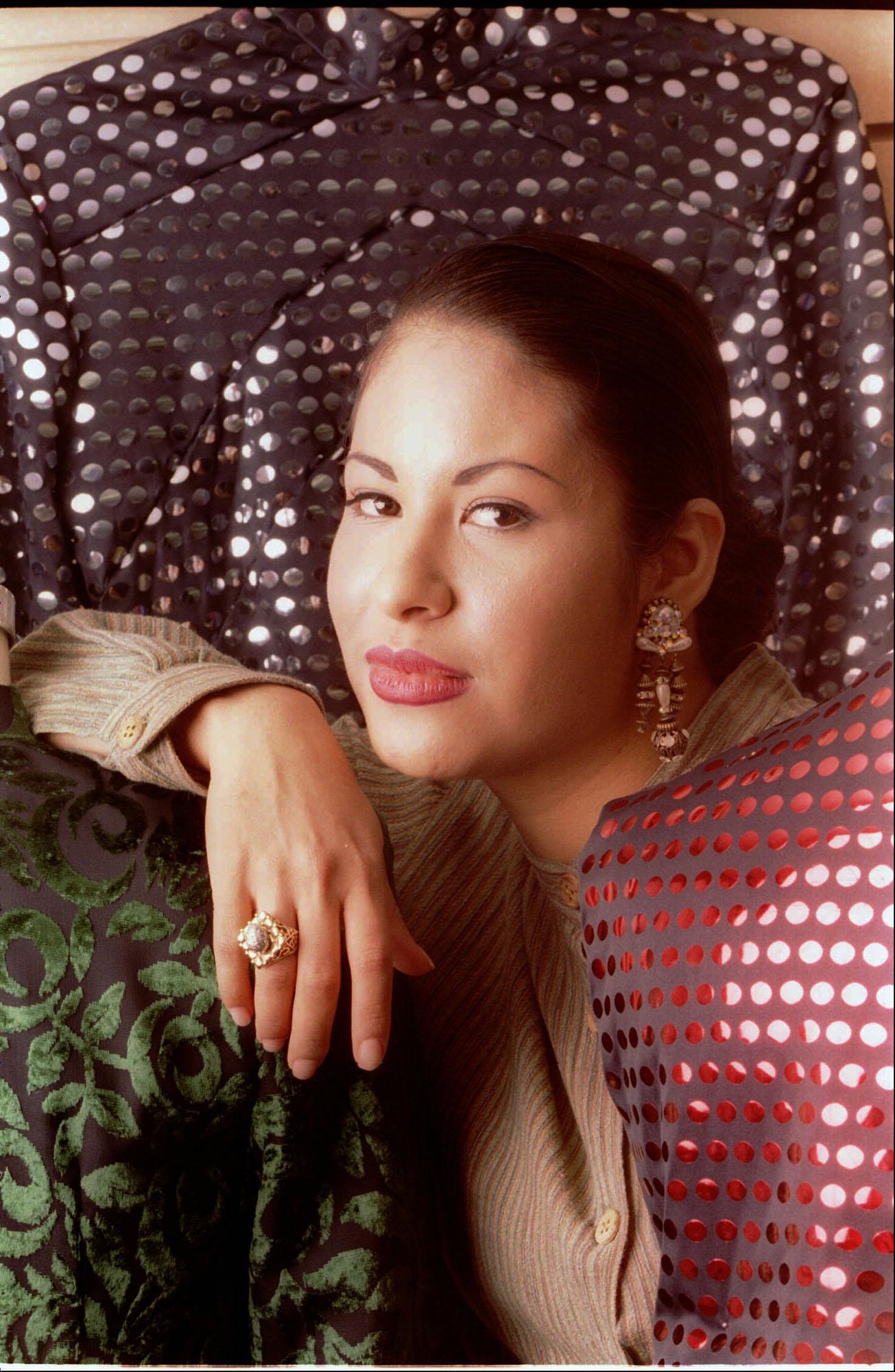 Astonishing Mac Cosmetics Plans Selena Inspired Collection Houston Chronicle Hairstyles For Men Maxibearus