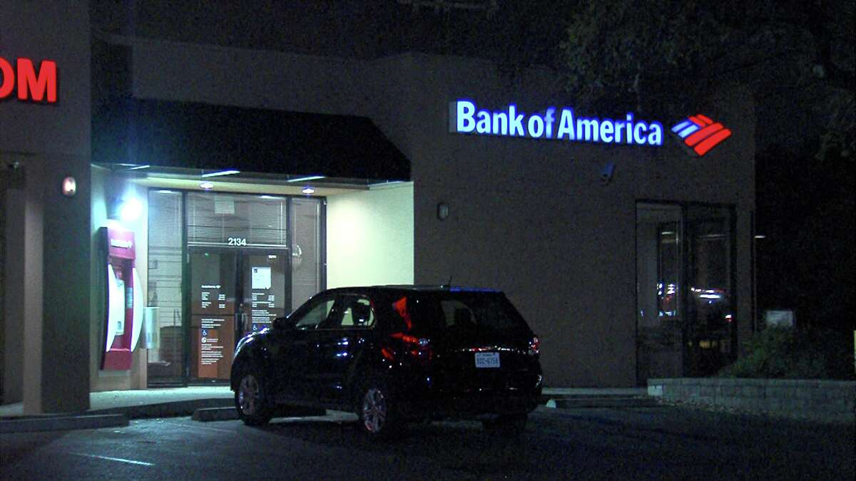 A woman suspected of bank fraud died after fleeing from police in Castle Hills.
