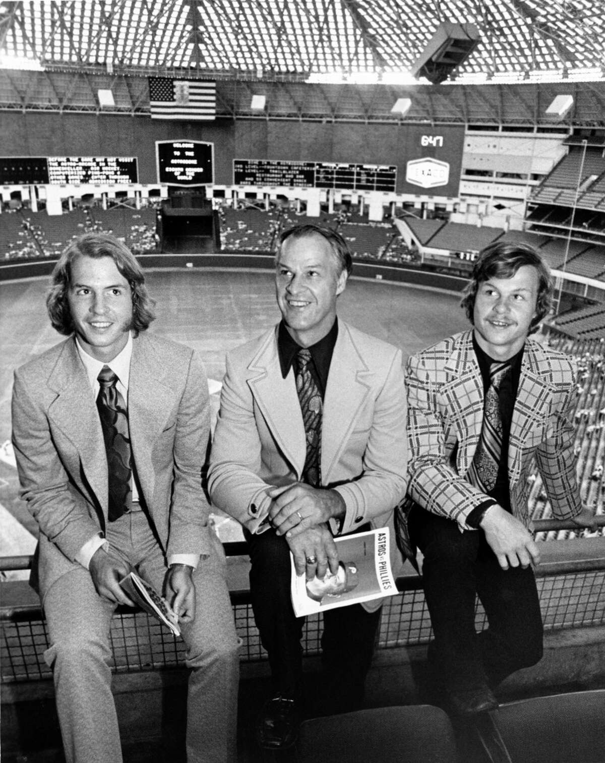 06/04/1973 - Gordie Howe (Mr. Hockey) and his sons, Marty, left, and Mark, right, take a look at the Astrodome before the Astros-Phillies game. All three Howes have contracted to play for the Houston Aeros in the newly formed World Hockey Association (WHA).