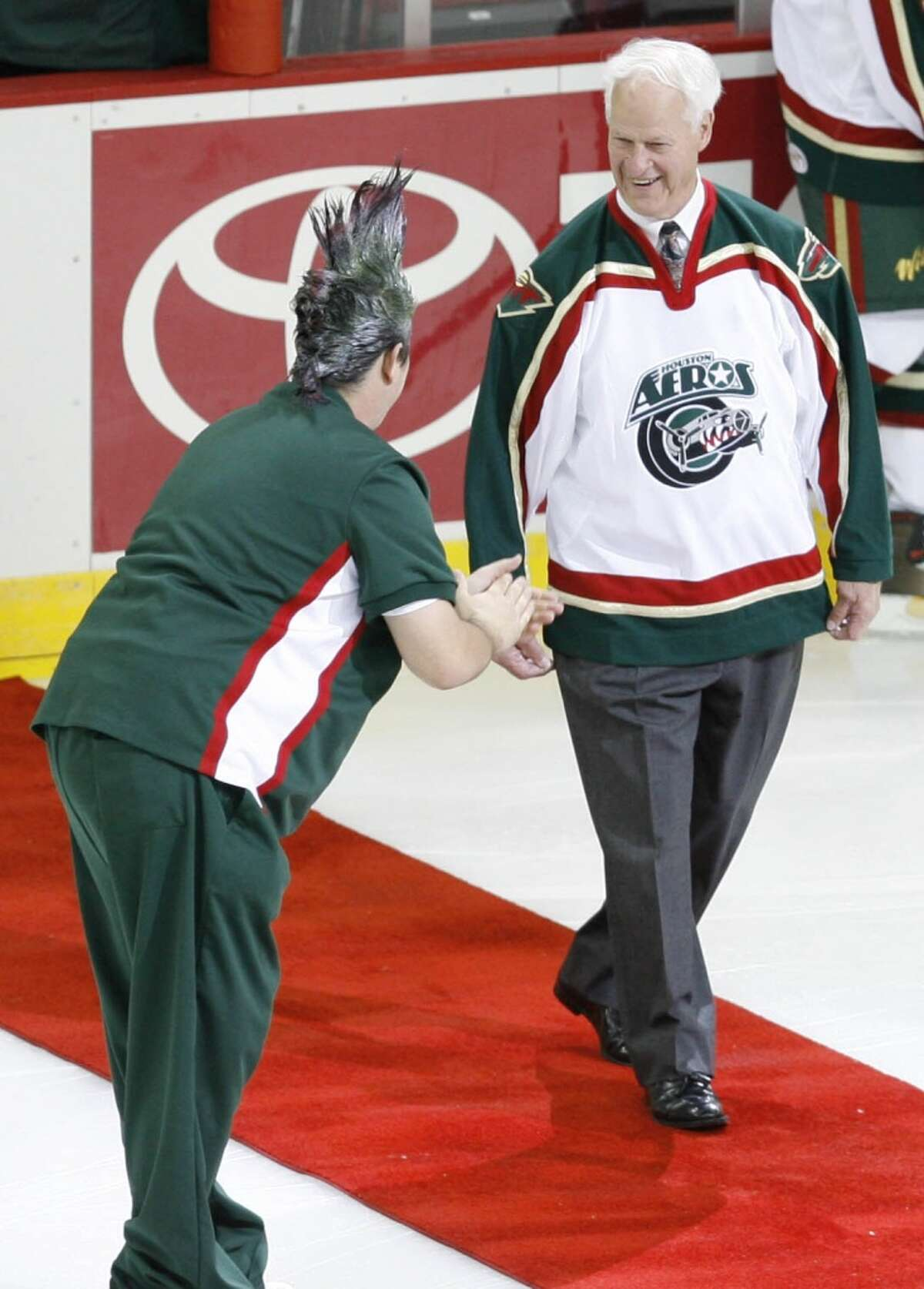 Gordie Howe had his No. 9 retired by the Aeros in 2006. Click through the gallery for vintage photos from Howe's time in Houston.
