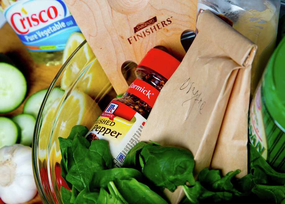 Olive Garden Salad Dressing can be imitated. Photo: Billy Smith II, Staff / © 2015 Houston Chronicle