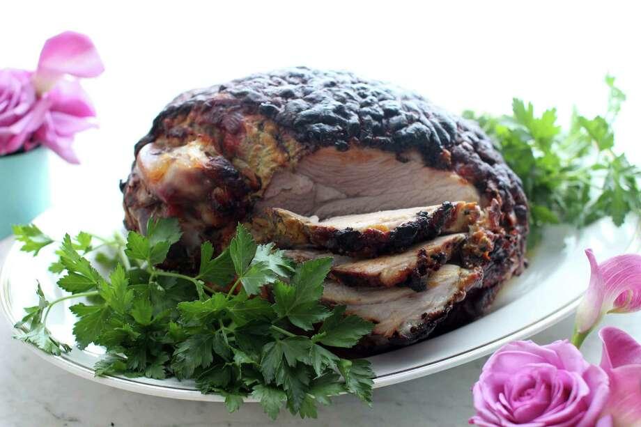 Baked glazed ham Photo: Matthew Mead, FRE / FR170582 AP