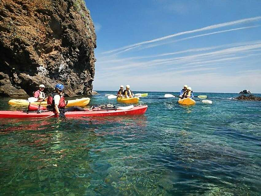The best way to see the islands is undoubtedly by kayak. The clear blue waters are home to families of dolphins and whales passing through on their migratory journeys. A seafaring vessel is also ideal for transporting you to Arch Rock, a picturesque, eroded formation that juts from the waters off Anacapa Island.