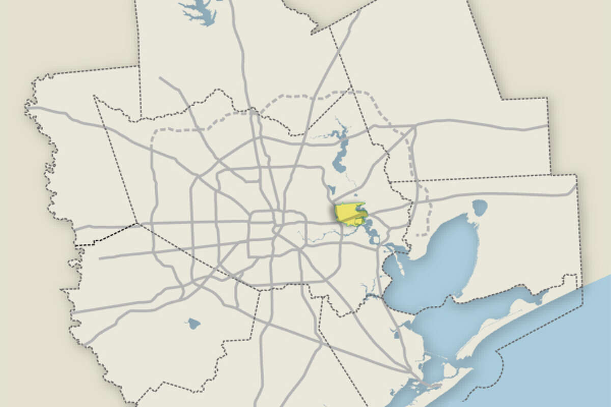 28. Channelview ISD(tie) College-readiness score:69