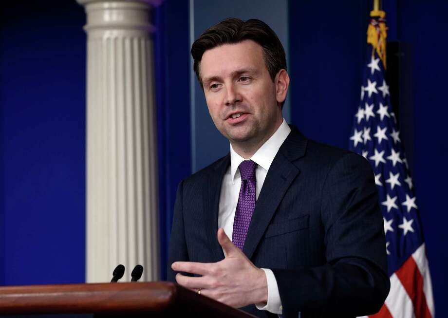 White House press secretary Josh Earnest speaks during the daily briefing at the White House in Washington, Tuesday, March 31, 2015. Earnest answered questions about Iran and the various conflicts in the Middle East. (AP Photo/Susan Walsh) ORG XMIT: DCSW109 Photo: Susan Walsh / AP