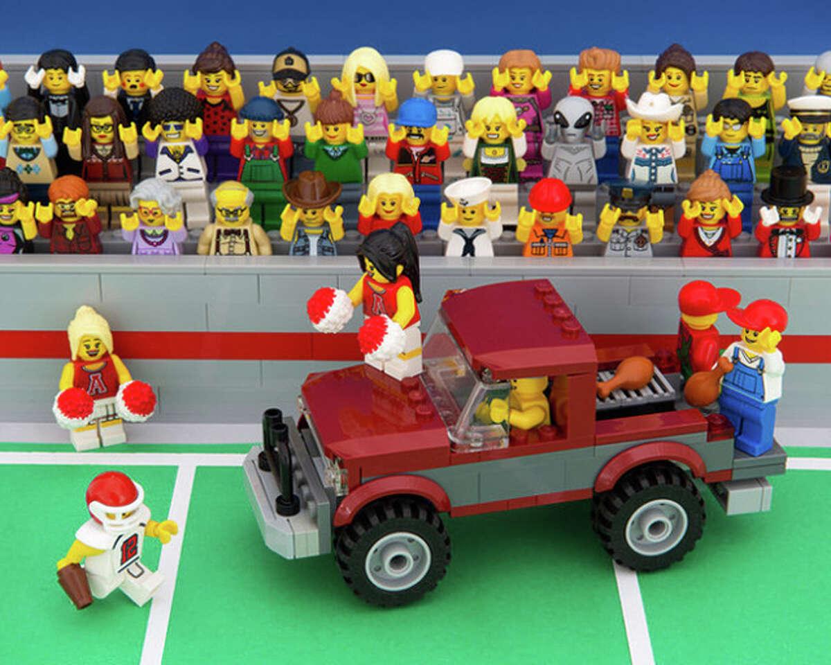 Alabama state diorama made of Lego blocks from artist Jeff Friesen of The Brick Fantastic.