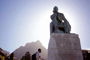 Old colonial statues are in the crosshairs in South Africa - Photo