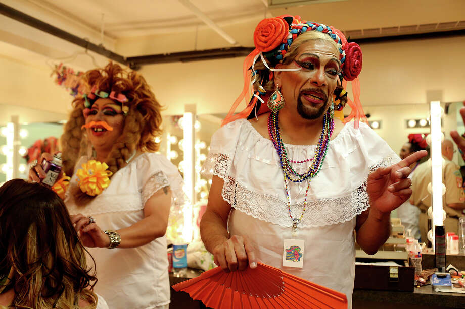 We love the drag queens of Cornyation. The Pointless Sisters are a classic at the event. Photo: Express-News File Photo / SAN ANTONIO EXPRESS-NEWS