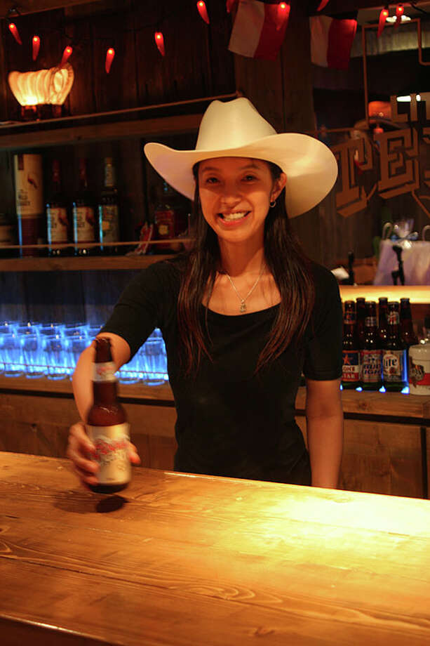 What Does A Texas Themed Bar Look Like In Tokyo San Antonio Express News