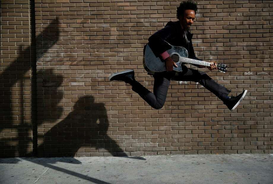 Xavier Dphrepaulezz won an NPR contest as Fantastic Negrito. Photo: Mike Kepka / The Chronicle / ONLINE_YES