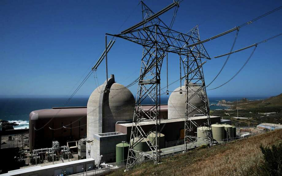 The Diablo Canyon Nuclear Power plant at the edge of the Pacific Ocean in San Luis Obispo, Calif., as seen on Tues. March 31, 2015. Photo: Michael Macor / The Chronicle / ONLINE_YES