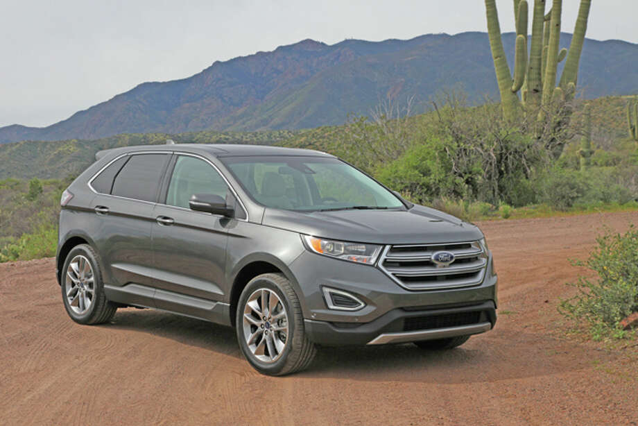 2015 Ford Edge (photo courtesy Ford) / copyright: Dan Lyons - 2015