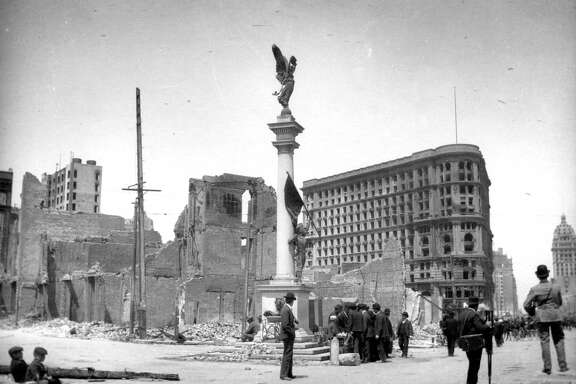 1906 Earthquake photo from the San Francisco Chronicle archive. Photographer unknown. Union Square, looking at the Flood Building with Powell Street in the background.