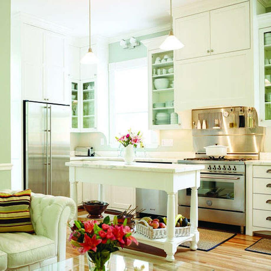 35 Fresh White Kitchen Cabinets Ideas To Brighten Your: 30 Ideas To Update Your Kitchen