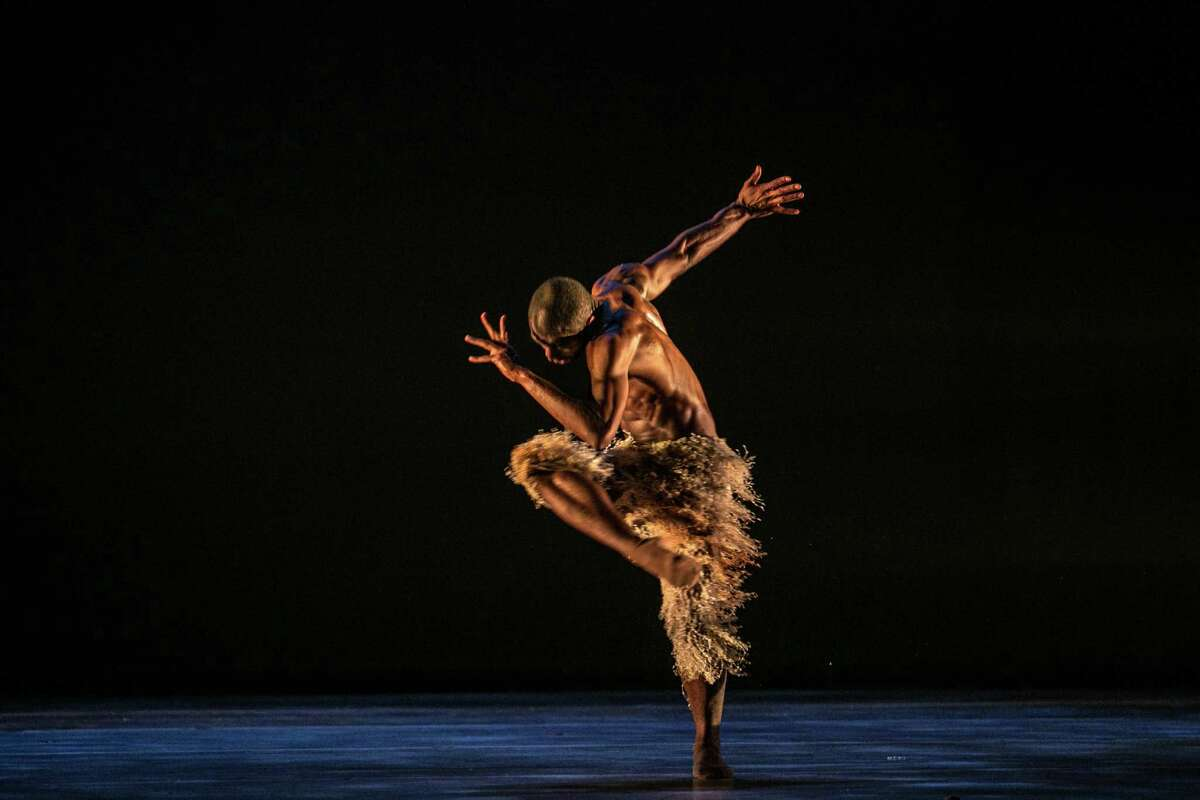 Babatunji performs in the world premiere of Alonzo King's