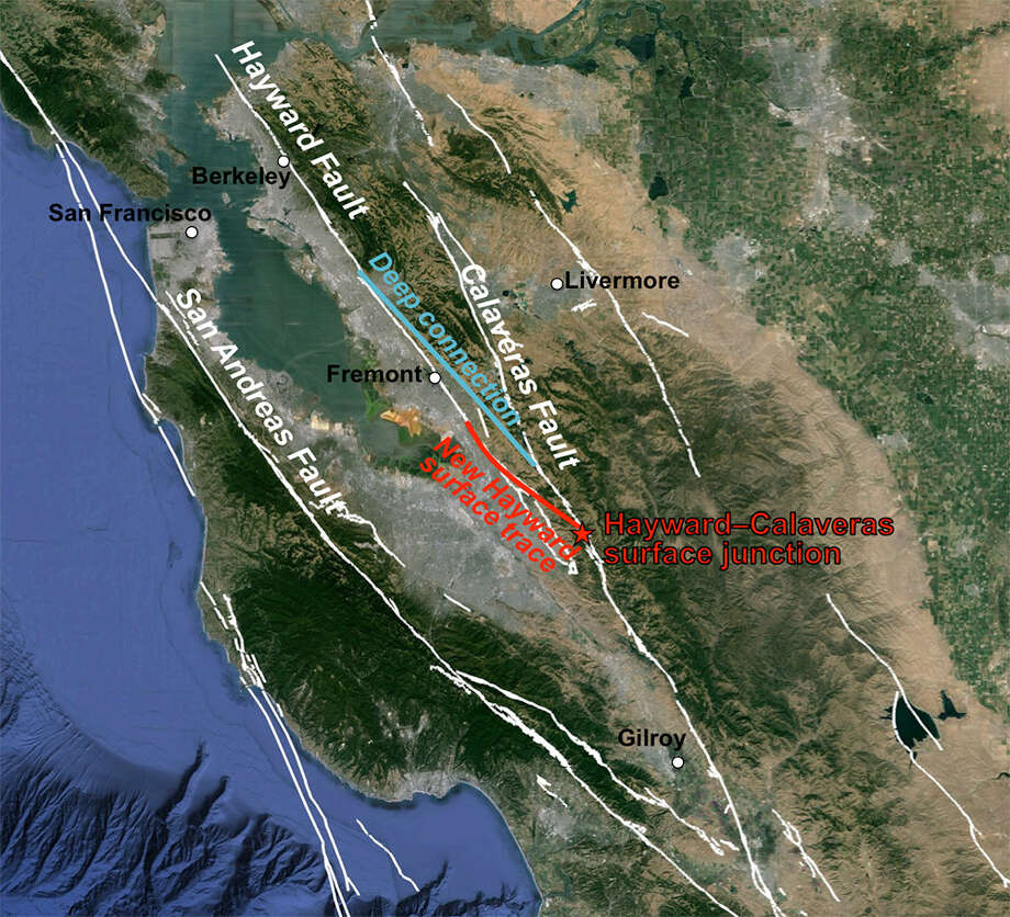 The Bay Area fault system and the spot (red star) where the Hayward Fault branches off from the Calaveras Fault. The white lines indicate faults recognized by the USGS. The red line is the newly discovered surface trace connecting the southern end of the Hayward Fault to the Calaveras Fault, once thought to be an independent system. The surface trace is offset by several kilometers from the deep portion of the fault 3-5 km below ground (blue line). Photo: Estelle Chaussard Image, UC Berkeley