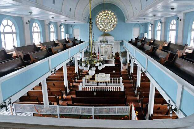 View of the main sanctuary from the balcony of the historic Beth Tephilah Friday April 3, 2015 in Troy, NY.  (John Carl D'Annibale / Times Union) Photo: John Carl D'Annibale / 00031299A