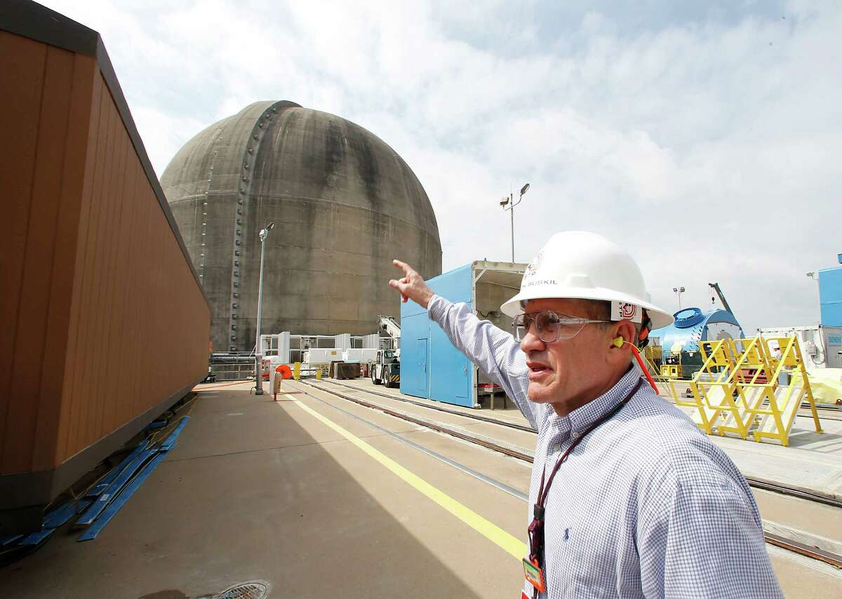 James von Suskil, NRG Energy's vice president of nuclear oversight, speaks during a tour of the South Texas Project nuclear power plant in Wadsworth. ( James Nielsen / Houston Chronicle )