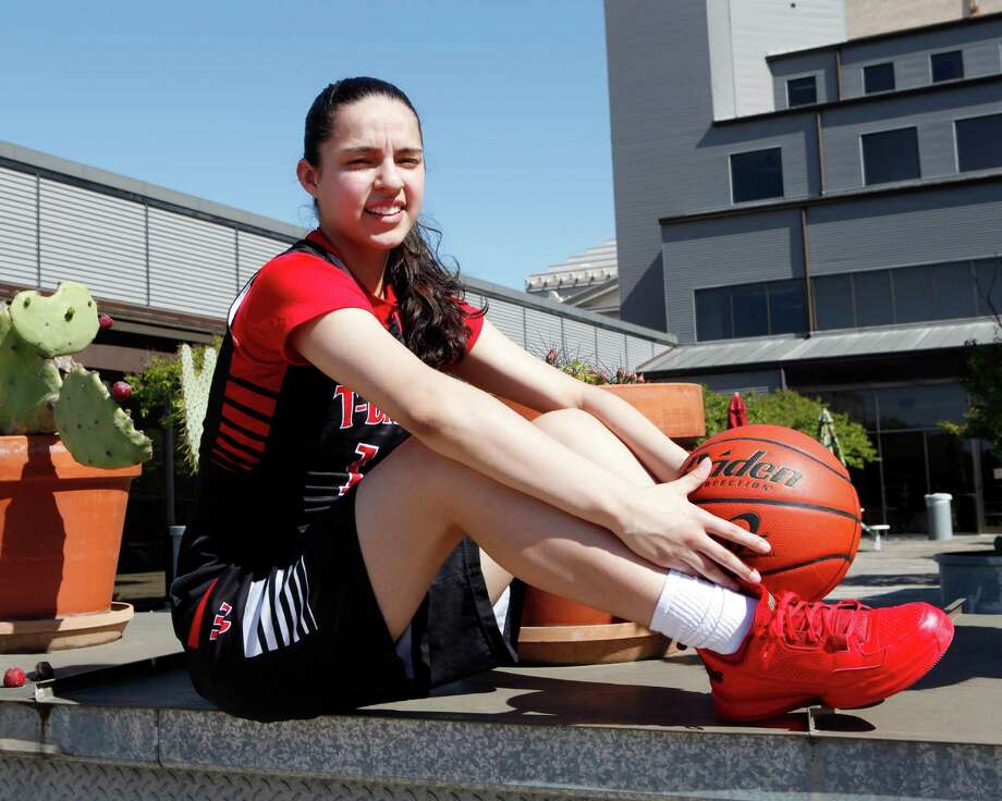 Amber Ramirez of Wagner has been chosen for the 2015 Express-News All-Area basketball team and has been named the player of the year. Photo: Cynthia Esparza /San Antonio Express-News / ©2015 San Antonio Express-News