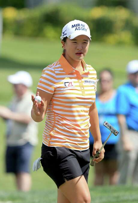 RANCHO MIRAGE, CA - APRIL 04:  Sei Young Kim of South Korea acknowledges the crowd after making a birdie on the par 4, first hole during the third round of the ANA Inspiration on the Dinah Shore Tournament Course at Mission Hills Country Club on April 4, 2015 in Rancho Mirage, California.  (Photo by David Cannon/Getty Images) Photo: David Cannon, Staff / 2015 Getty Images