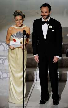 HOLLYWOOD - MARCH 07:  Actress Sarah Jessica Parker and director Tom Ford present onstage during the 82nd Annual Academy Awards held at Kodak Theatre on March 7, 2010 in Hollywood, California.  (Photo by Kevin Winter/Getty Images) *** Local Caption *** Sarah Jessica Parker;Tom Ford Photo: Kevin Winter, Getty Images / 2010 Getty Images