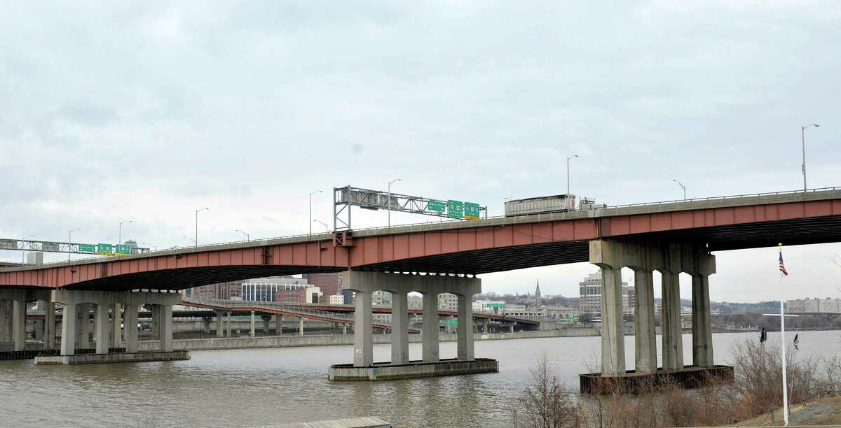 A crash Tuesday closed at least one of the lanes of the DunnMemorial Bridge. (Paul Buckowski / Times Union)