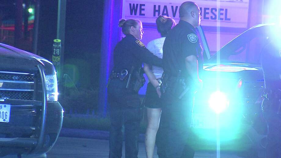 A man was wounded Sunday night after being shot during a suspected drug deal on the Northwest Side. Photo: 21 Pro Video