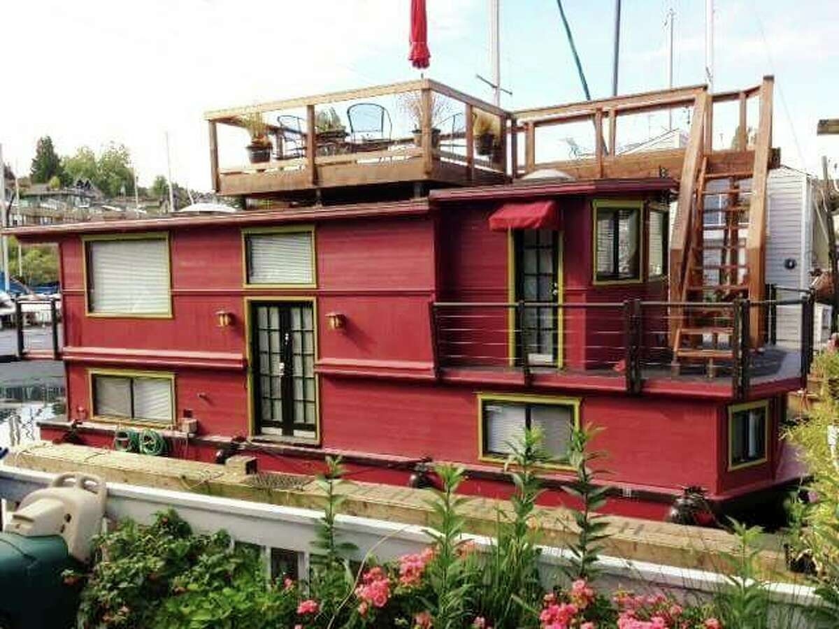 This houseboat is located at 2727 Fairview Ave. E. The two bedroom, one bathroom home is listed for $399,000. It has 1,000 square feet of living space and is connected to a city sewer. See the full listing here.