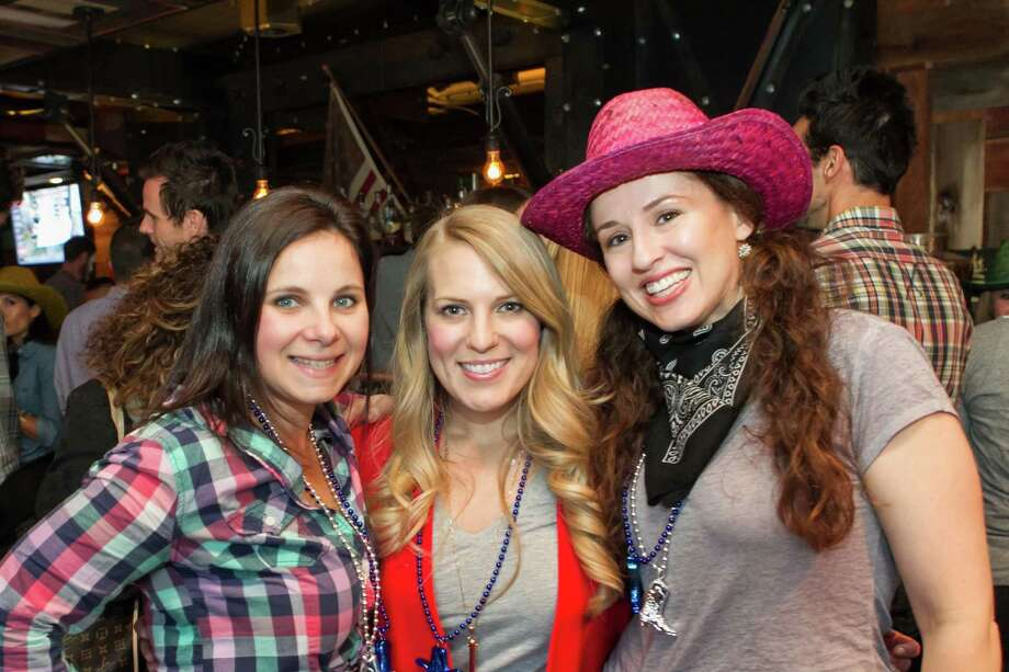 Carolyn Dolnick, Claire Tipton and Shoshana Ungerleider at the Rooms That Rock 4 Chemo fundraiser on April 1, 2015. Photo: Drew Altizer Photography/ SFWIRE, Drew Altizer Photorgraphy / ©DREW ALTIZER PHOTOGRAPHY