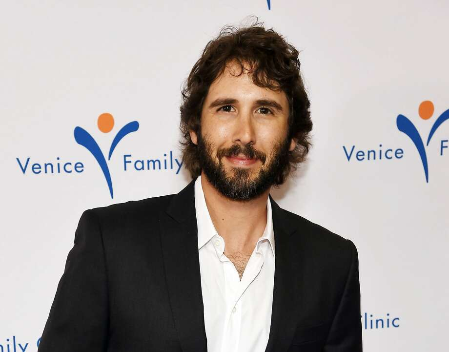 Josh Groban Photo: Chris Pizzello, Associated Press