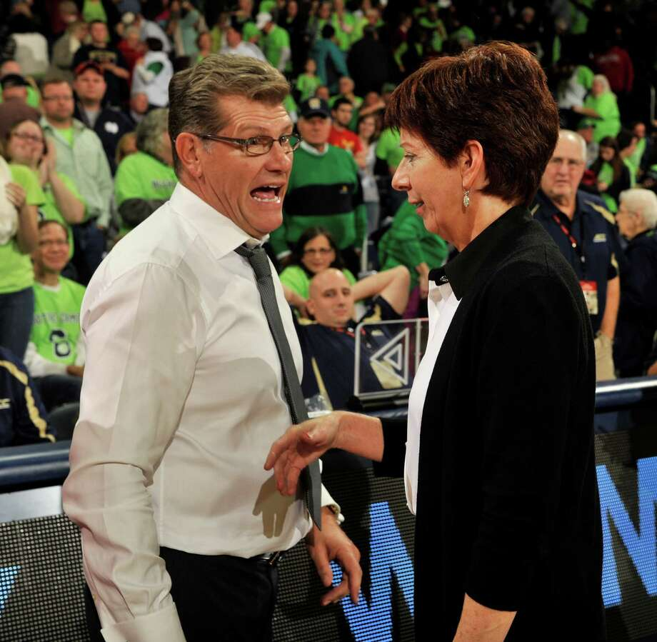 Connecticut coach Geno Auriemma and Notre Dame coach Muffet McGraw will renew their rivalry in tonight's NCAA championship game. Photo: JOE RAYMOND, FRE / FR25092 AP