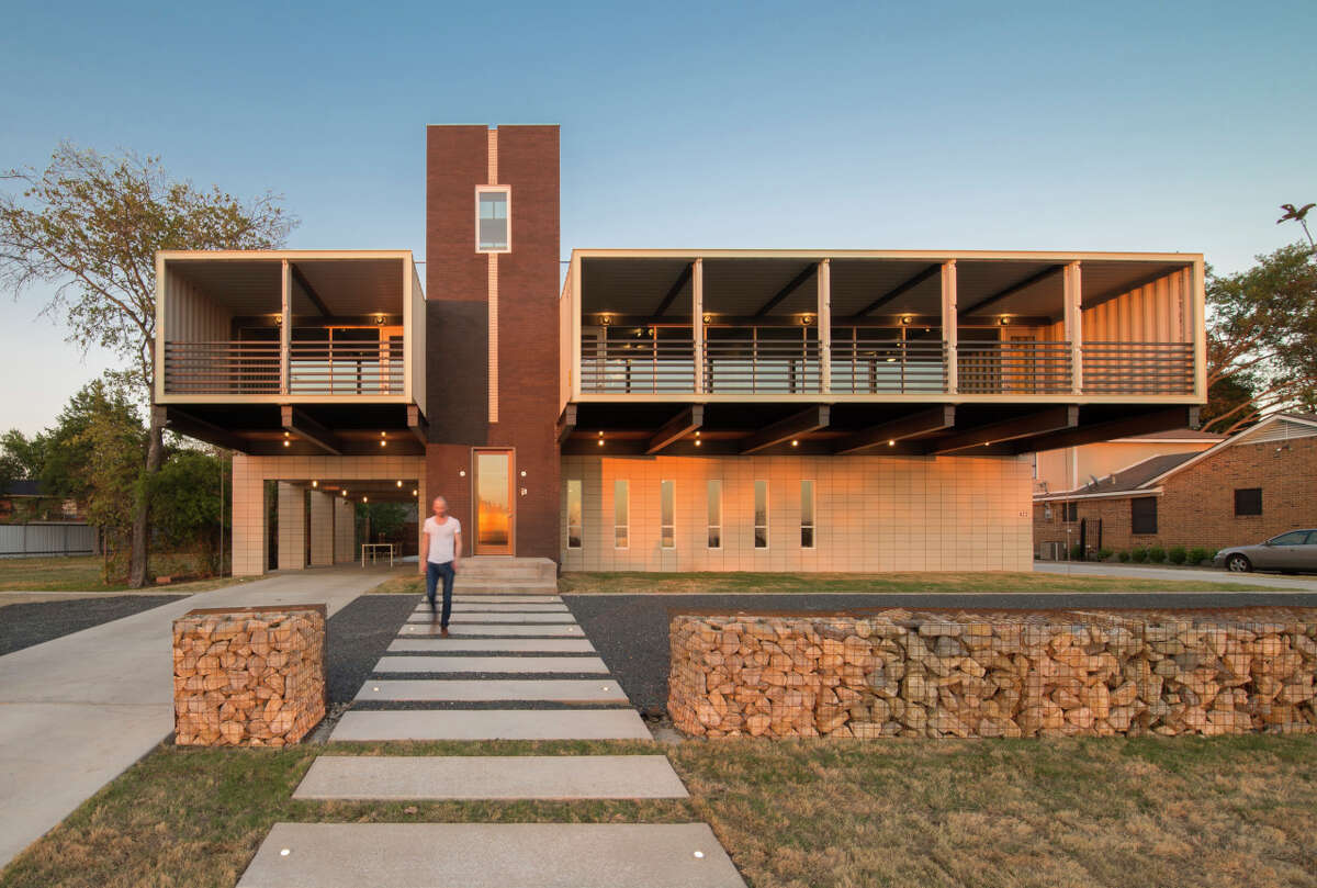 Dallas house made of shipping containers
