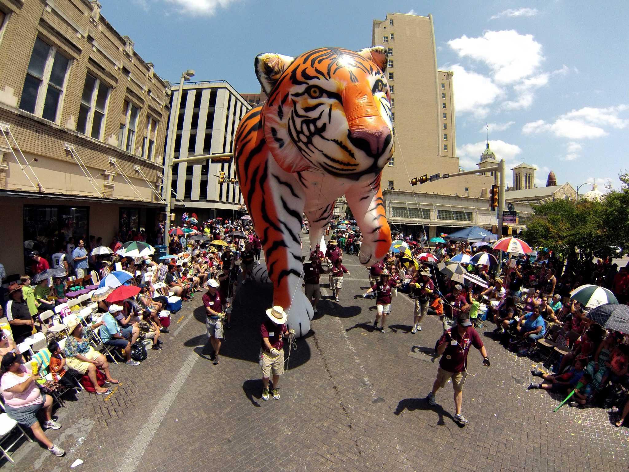 Fiesta Parades Draw Hundreds Of Thousands Downtown San