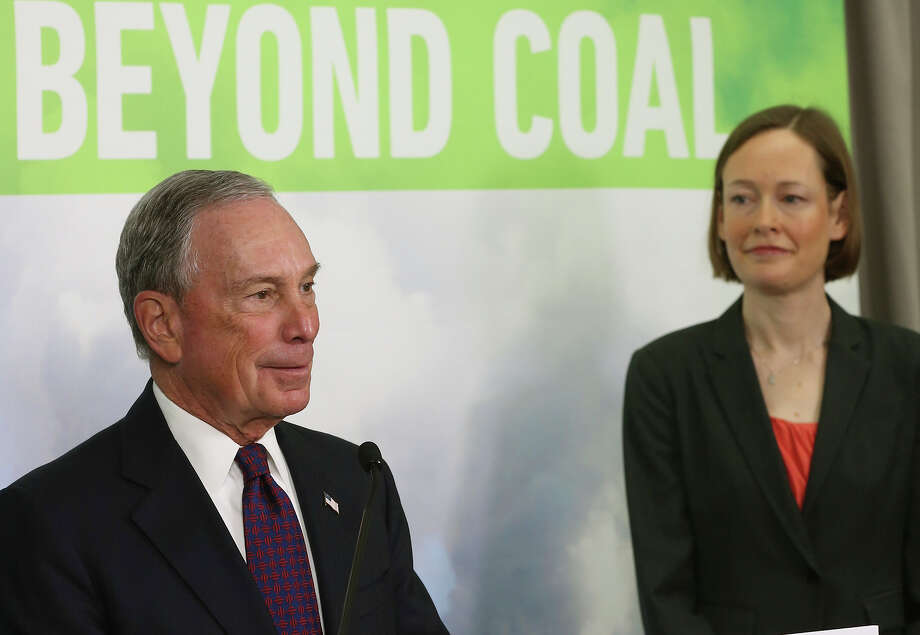 Former New York City Mayor Michael Bloomberg discusses his donation to the Sierra Club with Mary Anne Hitt, director of the group's Beyond Coal Campaign, during a news conference. Photo: Mark Wilson / Getty Images / 2015 Getty Images