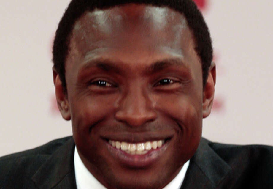 New Alabama NCAA college basketball head coach Avery Johnson speaks at an introductory press conference in Tuscaloosa, Ala., Wednesday, April 8, 2015, in Tuscaloosa, Ala. (AP Photo/Butch Dill) Photo: Butch Dill / Associated Press / FR111446 AP